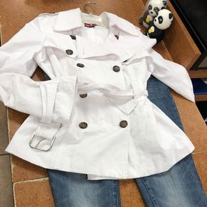 Small Preowned great condition Merona white jacket